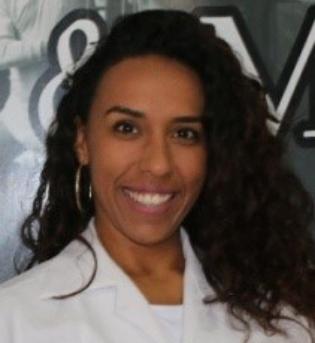 Dra. Rhana Fernandez